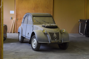 24-Citroën-2CV-Sahara
