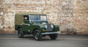 113 300x163 Land Rover: les nouvelles vieilles arrivent!